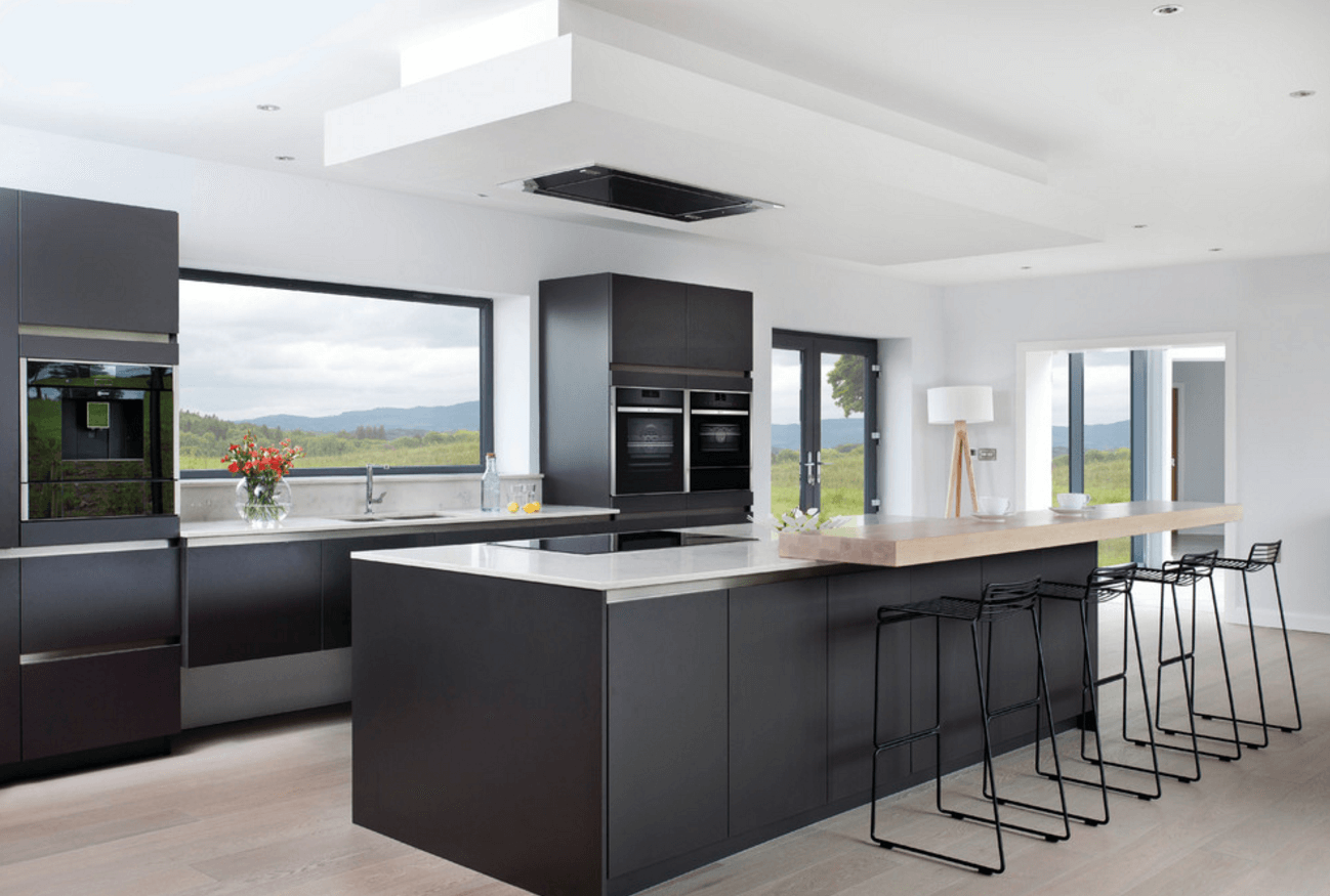 traditional-contemporary-kitchens-with-31-black-kitchen-ideas-for-the-bold-modern-home-freshome-com.png